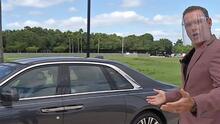 Con chofer de lujo, Alan salió a pasear en un Rolls-Royce Ghost (pero salió huyendo al saber el precio)