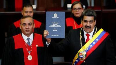 El traspié del presidente del Tribunal Supremo de Justicia durante la juramentación de Maduro