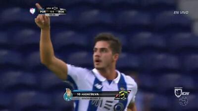 Goooolll!! André Miguel Valente Silva mete el balón y marca para Porto