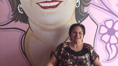 Su marido la dejó en silla de ruedas de un tiro y ella luchó para salvar la vida de miles de mujeres en Brasil