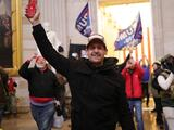 El día que las masas asaltaron el Capitolio, arengadas por Donald Trump