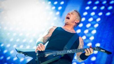 METALLICA'S JAMES HETFIELD SLAMS KYLIE AND KENDALL JENNER