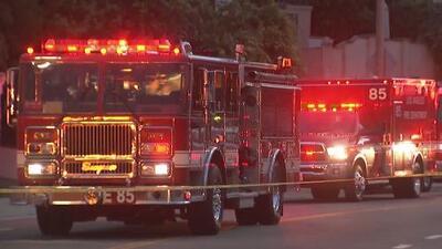 Investigan una explosión en un complejo de apartamentos en San Pedro
