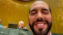 El momento en que Nayib Bukele interrumpe su discurso en la ONU para hacerse una selfie