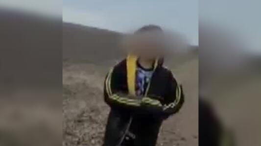 ¿Por qué terminó  solo este niño en la frontera?