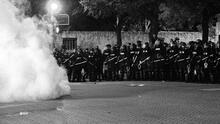 Policía de San Antonio no podrá disparar balas de goma ni de madera durante protestas masivas