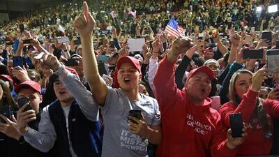 Qué tan seguros pueden sentirse los periodistas cuando cubren eventos de campaña de Trump