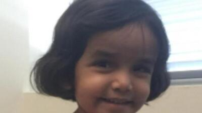 Se presenta en corte el padre adoptivo de una menor que fue hallada muerta en un desagüe de Richardson
