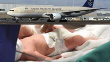 Avión se devuelve por recién nacido olvidado en sala de espera