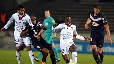 El Girondins de Burdeos frena al Niza en la Ligue 1