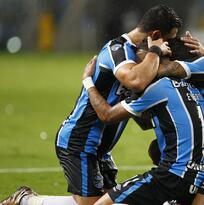 Gremio y Corinthians con triunfos en la Copa Libertadores