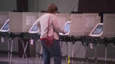 Debate en el capitolio de Georgia por ley que reemplazaría las máquinas de votación por dispositivos digitales