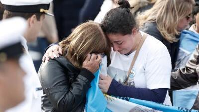 La tragedia del submarino argentino: entre el deseo de recuperar a los fallecidos o dejarlos descansar en el fondo del mar