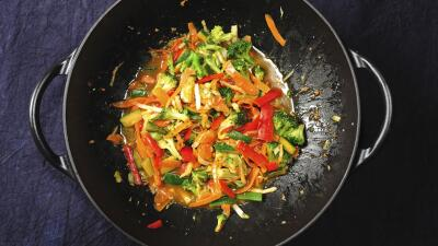 Master of the grill: pavo al wok