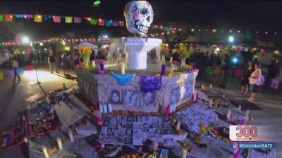 Así se vivió la marcha tradicional del Día de Muertos en La Villita