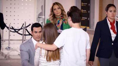 Ricardo se despidió dolorosamente de sus hijos y de Elena