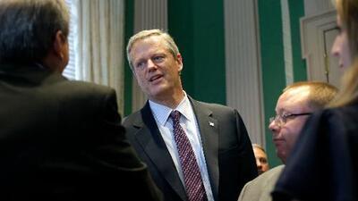 Así ha logrado este republicano de un 'estado demócrata' ser el gobernador más popular de EEUU