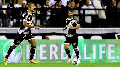 Sport vence al Vasco da Gama y asume transitoriamente el liderato en Brasil