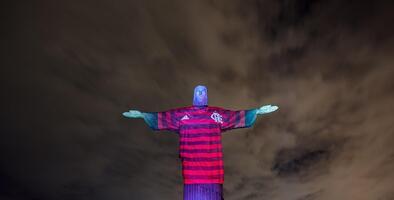 Previo a la Final de Libertadores, hasta el Cristo Redentor es 'Rubro-Negro'