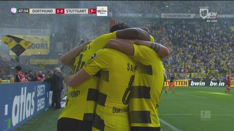 Con una gran definición de Batshuayi el Dortmund aumentó 2-0 su ventaja ante el Stuttgart