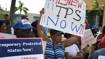 El gobierno de Trump deja en suspenso la cancelación de los TPS de Honduras y Nepal