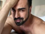 Ariel Miramontes 'Albertano' desata pasiones al posar sin camisa