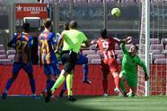 Barcelona y Atlético de Madrid no se hacen daño en el Camp Nou y le dan la oportunidad al Real Madrid de ponerse como líder del torneo.