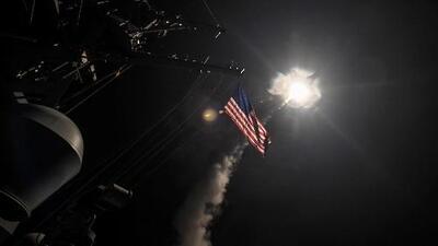 El debate por los misiles lanzadas de EEUU a Siria: ¿Debió Trump tomar esta decisión?