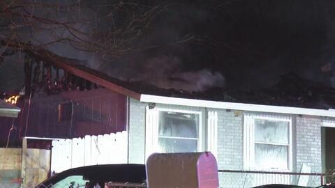 Incendio al norte de San Antonio destruyó totalmente un hogar deshabitado