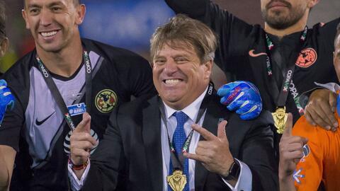 """Miguel Herrera: """"Nos estamos acostumbrando a ser campeones cada tres o cuatro meses"""""""