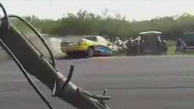 Una mujer embarazada perdió la vida tras ser arrollada en una carrera de autos clandestina en México