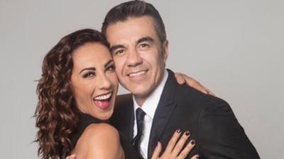 Adrián Uribe y Consuelo Duval sacan chispas en la pista de baile