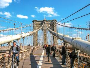 Fotos: El puente de Brooklyn, ícono de Nueva York, cumple 135 años