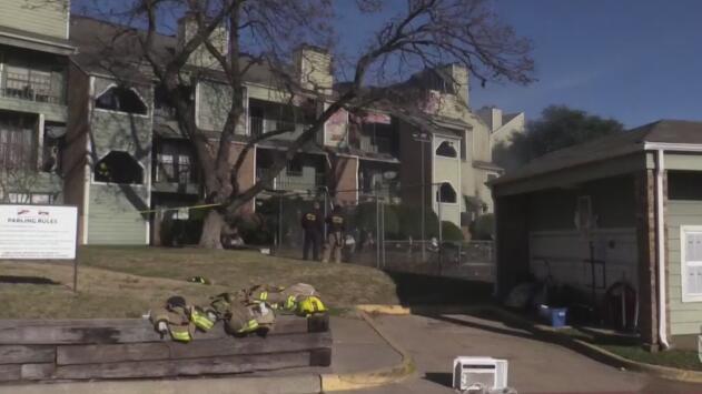 Decenas de personas lo perdieron todo por incendio que consumió sus viviendas en el noreste de Dallas