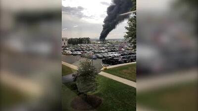 Varios mueren después de que avión de la era de la Segunda Guerra Mundial se estrellara en aeropuerto de Connecticut