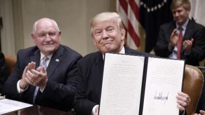 Trump trata de tranquilizar a los productores agrícolas temerosos del futuro con la renegociación de NAFTA
