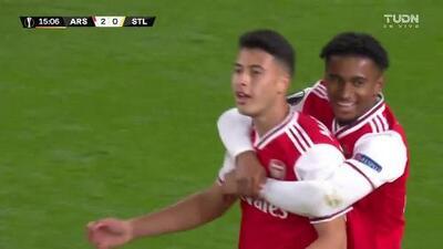 ¡GOOOL! Gabriel Martinelli anota para Arsenal