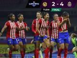 Chivas humilla en el Estadio Azteca a un América que se cae a pedazos