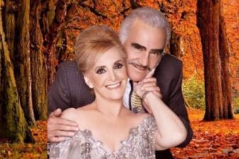 A punto de cumplir 54 años de casdado, Vicente Fernández está más enamorado que nunca de Cuquita