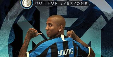 Ashley Young llega al Inter de Milán