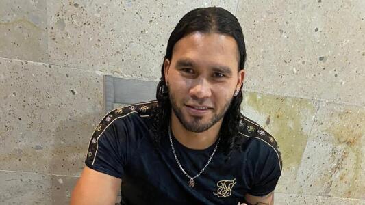 'Gullit' Peña sí jugará en El Salvador pero con el FAS