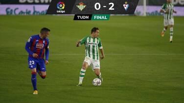 Con Andrés Guardado como titular, Real Betis cae ante Eibar