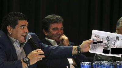 El desnudo desconocido de Pelé que le sacó risas cómplices a Diego Maradona