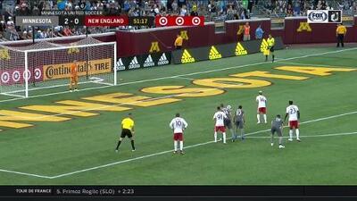 Diego Fagundez acorta el marcador con excelso cobro de tiro penal, Minnesota 2-1 New England