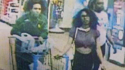 No enfrentará cargos como adulto la joven señalada de lamer un helado de Blue Bell en un Walmart
