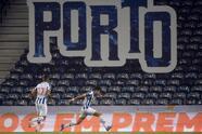 Con goles de Luis Fernando Díaz y Francisco Barbosa, el Porto se impone 2-0 al Rio Ave durante la Jornada 16 de la Liga de Portugal; el mexicano Jesús 'Tecatito' Corona, entró como titular durante el encuentro.