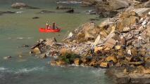 Decenas de ataúdes caen al mar tras el derrumbe de un acantilado