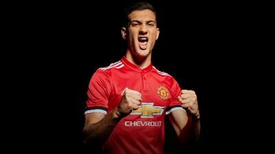 Diogo Dalot es nuevo jugador del Manchester United