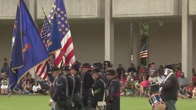 Con varias ceremonias, la comunidad de Houston rinde homenaje a los soldados que perdieron la vida sirviendo a su país