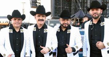 """""""Aquí no hay restricciones"""": Los Tucanes de Tijuana ofrecerán un concierto virtual desde su ciudad natal sin censura"""